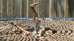 Man Leaping Onto 1,000 Mousetraps Is Seriously Painful To