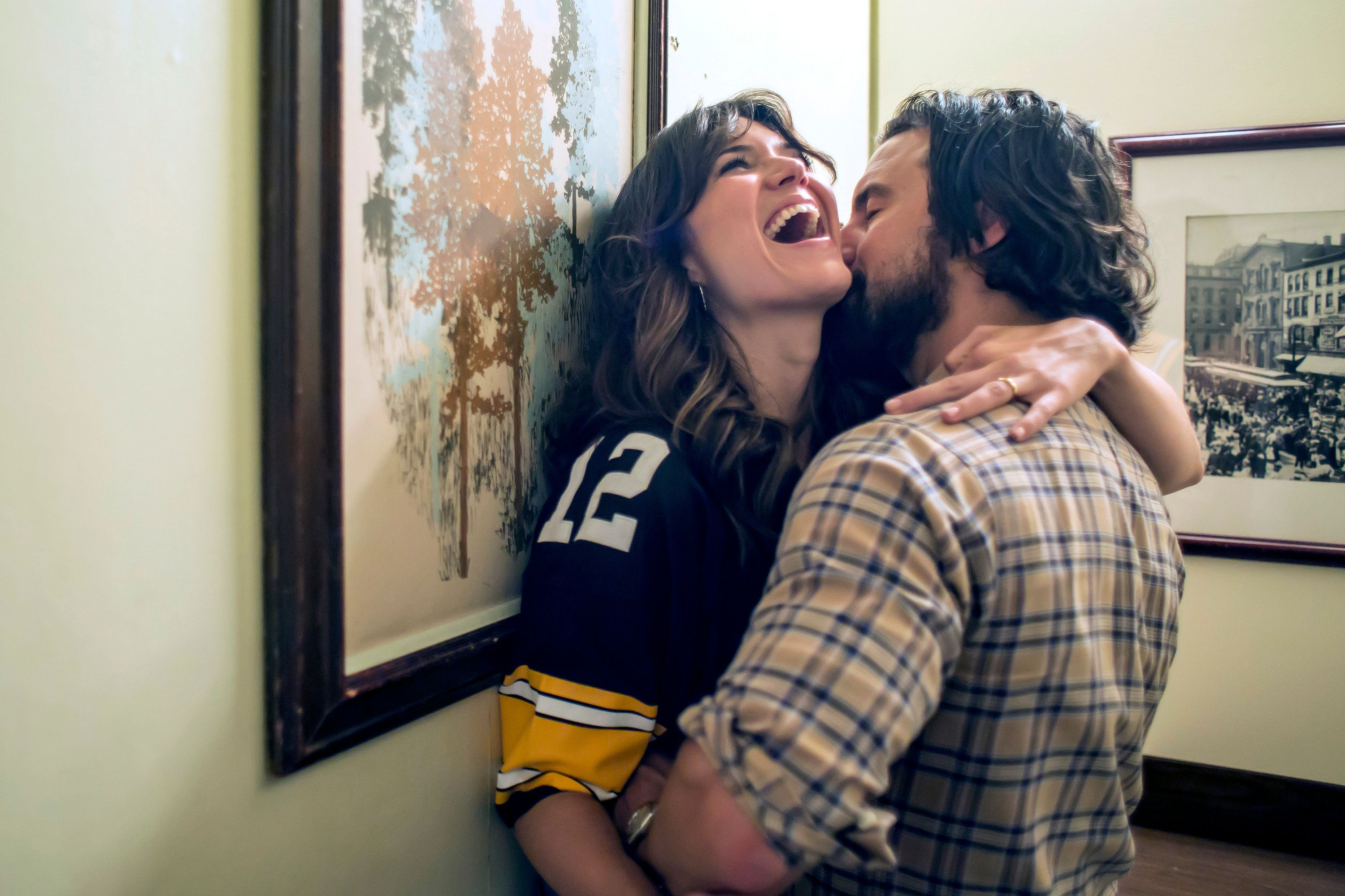 THIS IS US -- 'The Game Plan' Episode 105 -- Pictured: (l-r) Mandy Moore as Rebecca, Milo Ventimiglia as Jack -- (Photo by: Ron Batzdorff/NBC/NBCU Photo Bank via Getty Images)