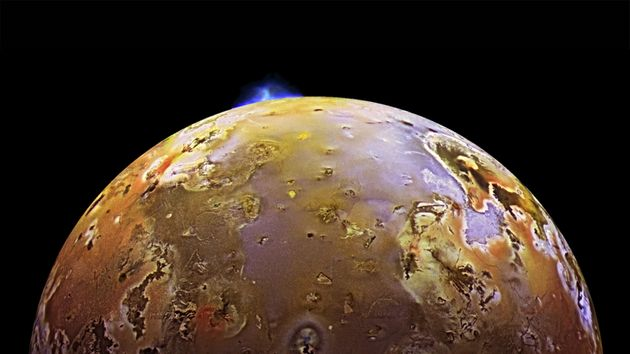 Huge Waves Of Lava Wash Across The Surface Of Jupiter's Moon