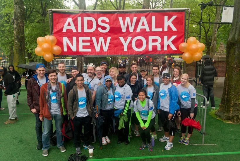 "<a rel=""nofollow"" href=""https://www.viacom.com/"" target=""_blank"">Viacom's</a> 2013 AIDS Walk Team. <a rel=""nofollow"" href=""ht"