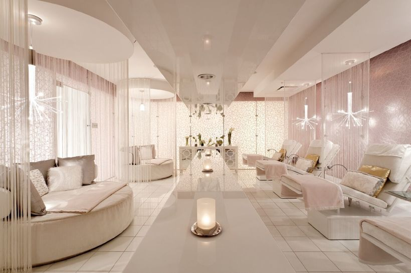 The lounge at Ritz-Carlton Spa, Los Angeles