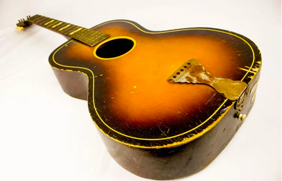 Paul Simon's first guitar, Courtesy of Paul Simon Archive