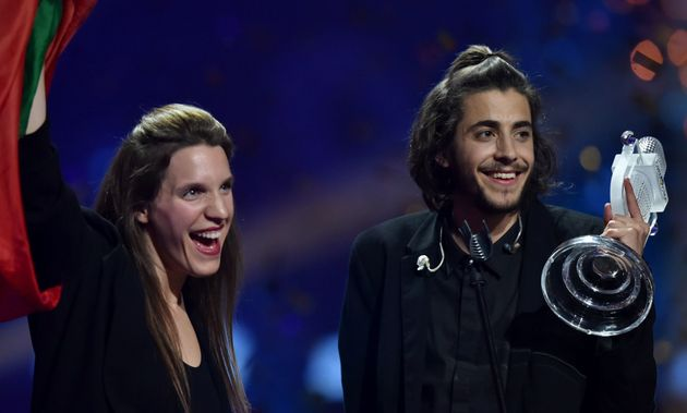 Salvador celebrates with his sister Luisa after winning Eurovision