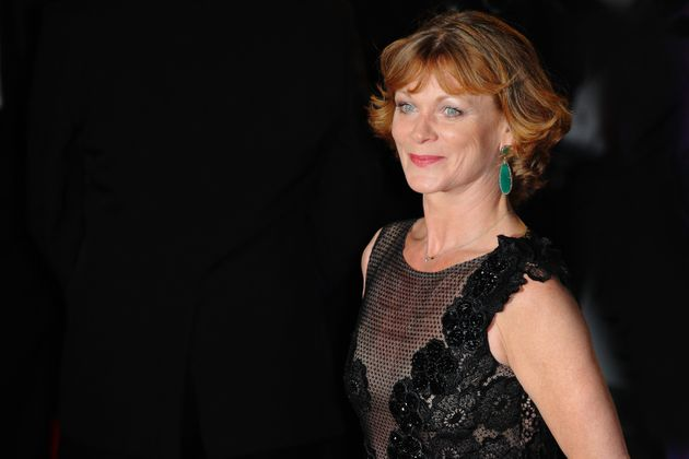 Samantha Bond Backs Lib Dems In General Election And Slams 'Unelectable' Jeremy