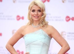 BAFTA TV Awards 2017: Holly Willoughby Dazzles In Roland Mouret
