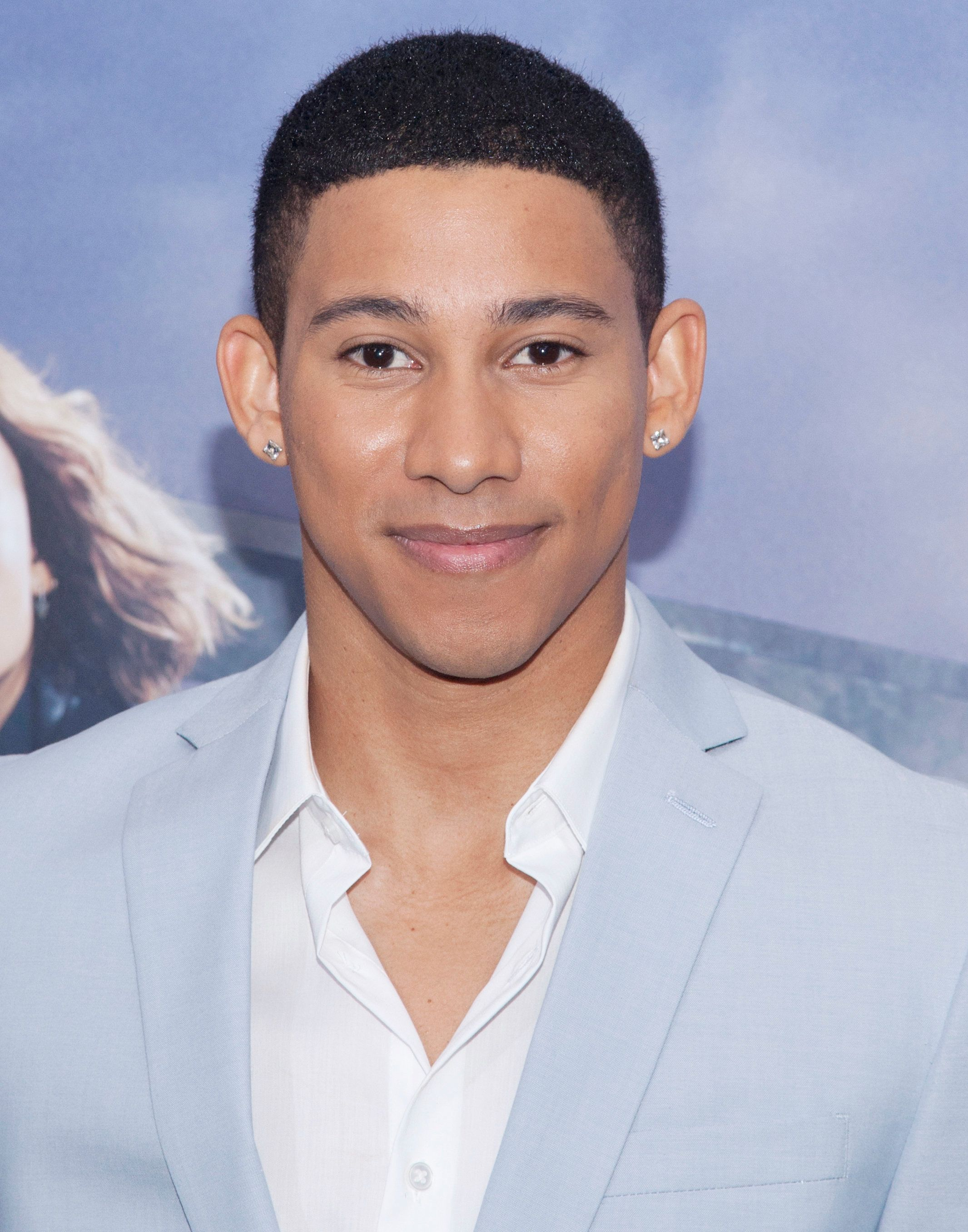 Keiynan Lonsdale attends 'The Divergent Series: Allegiant' world premiere at the AMC Loews Lincoln Square in New York City. �� LAN (Photo by Lars Niki/Corbis via Getty Images)