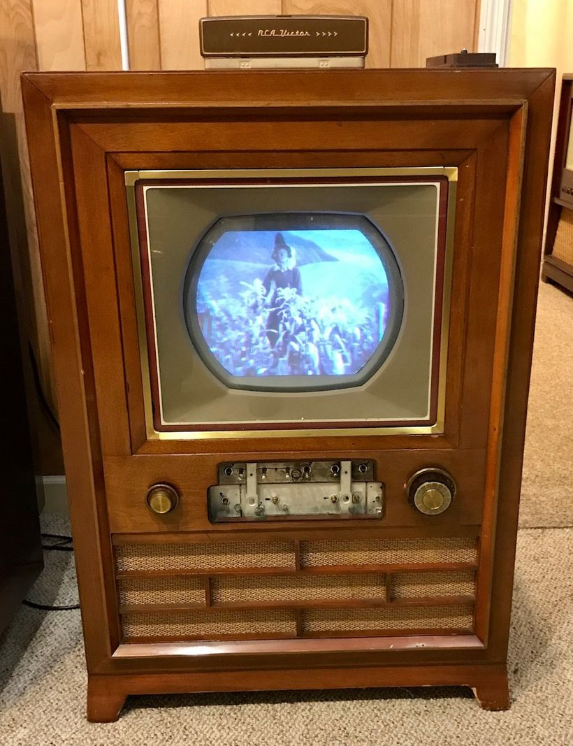 RCA CT-100 (1954);  its front faceplate is sitting on top of it