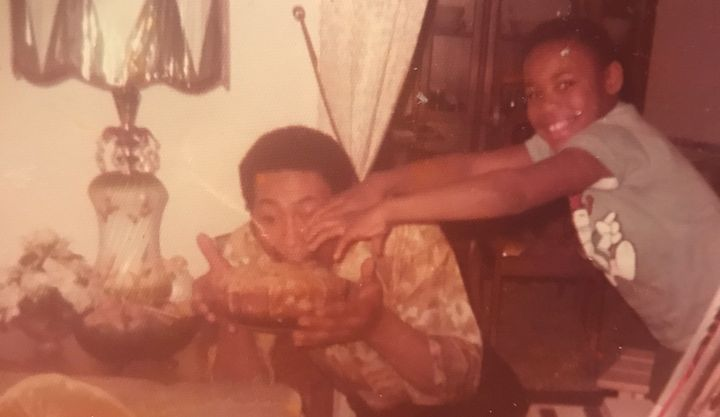 <p>Derrick Hollie and his father.</p>