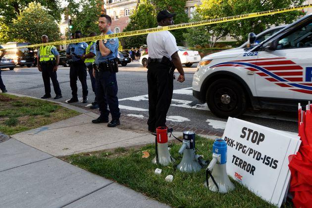 トランプ氏とエルドアン氏の首脳会談に抗議 アメリカのトルコ大使公邸付近で暴動、11人負傷