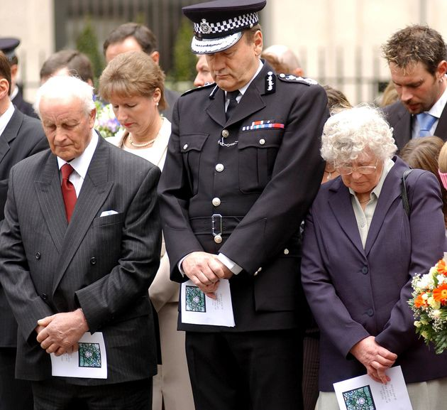 The parents of murdered Pc Yvonne Fletcher, Tim and Queenie, stand between then police commissioner...
