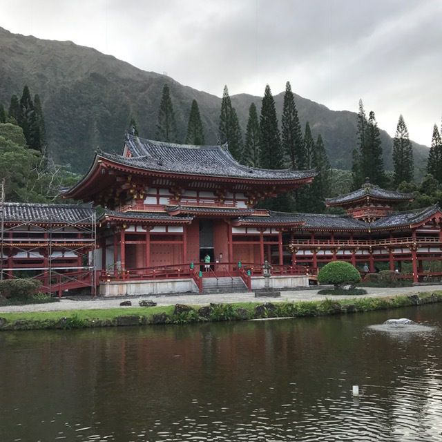 The peaceful Byodo-In Temple, a replica of a 950 year old Jpanese temple.