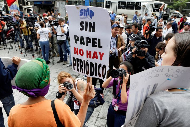 A 2016 protest for press freedom in Venezuela: 'Without paper there's no newspaper.'
