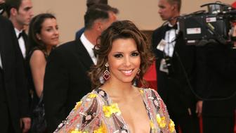 CANNES, FRANCE - MAY 27:  US actress Eva Longoria attends the 'El Laberinto Del Fauno' premiere at the Palais des Festivals during the 59th International Cannes Film Festival May 27, 2006 in Cannes, France.  (Photo by Peter Kramer/Getty Images)