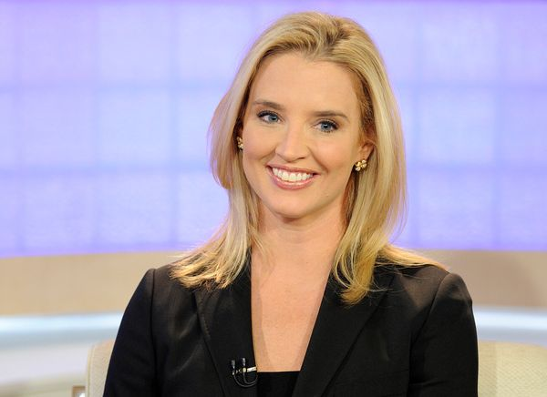 """<strong>Her account:</strong> Dhue, who worked as a Fox News anchor from 2000 to 2008, <a href=""""http://www.nydailynews.com/li"""