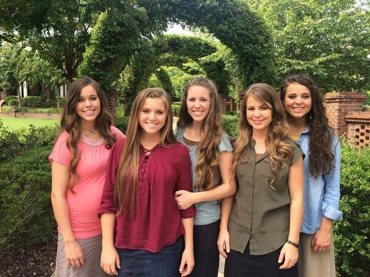 From left, Jessa Seewald, Joy Duggar, Jill Dillard, Jana Duggar (who is not part of the lawsuit) and Jinger Duggar.