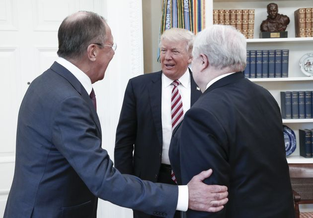 Trump lawyers up as Russian Federation probe intensifies