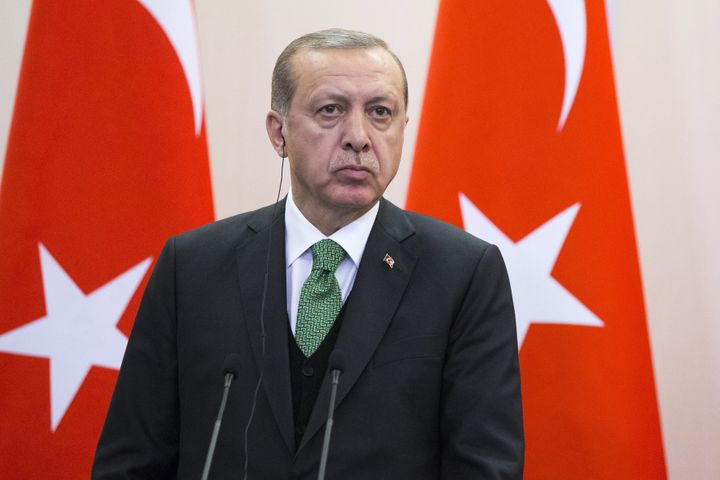 Turkish President Tayyip Erdogan attends a news conference following the talks with his Russian counterpart Vladimir Putin.&n