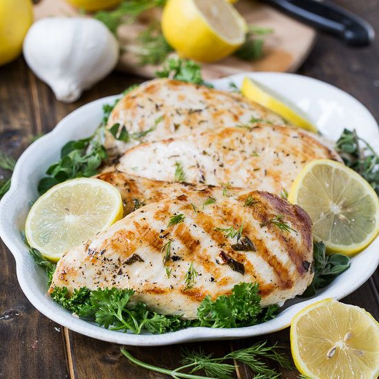 "<strong>Get the <a href=""http://spicysouthernkitchen.com/healthy-grilled-greek-chicken/"" target=""_blank"">Healthy Grilled Gree"
