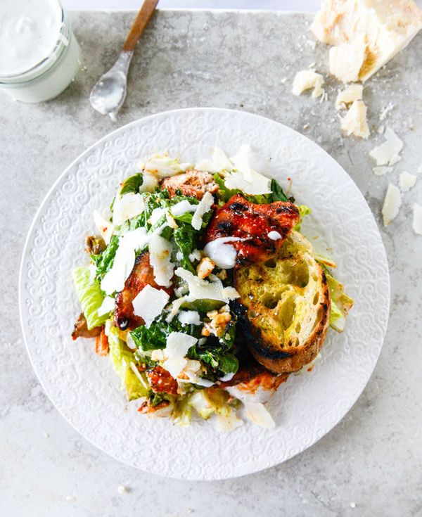 "<strong>Get the <a href=""http://www.howsweeteats.com/2015/05/grilled-caesar-buffalo-chicken-salad/"" target=""_blank"">Grilled B"