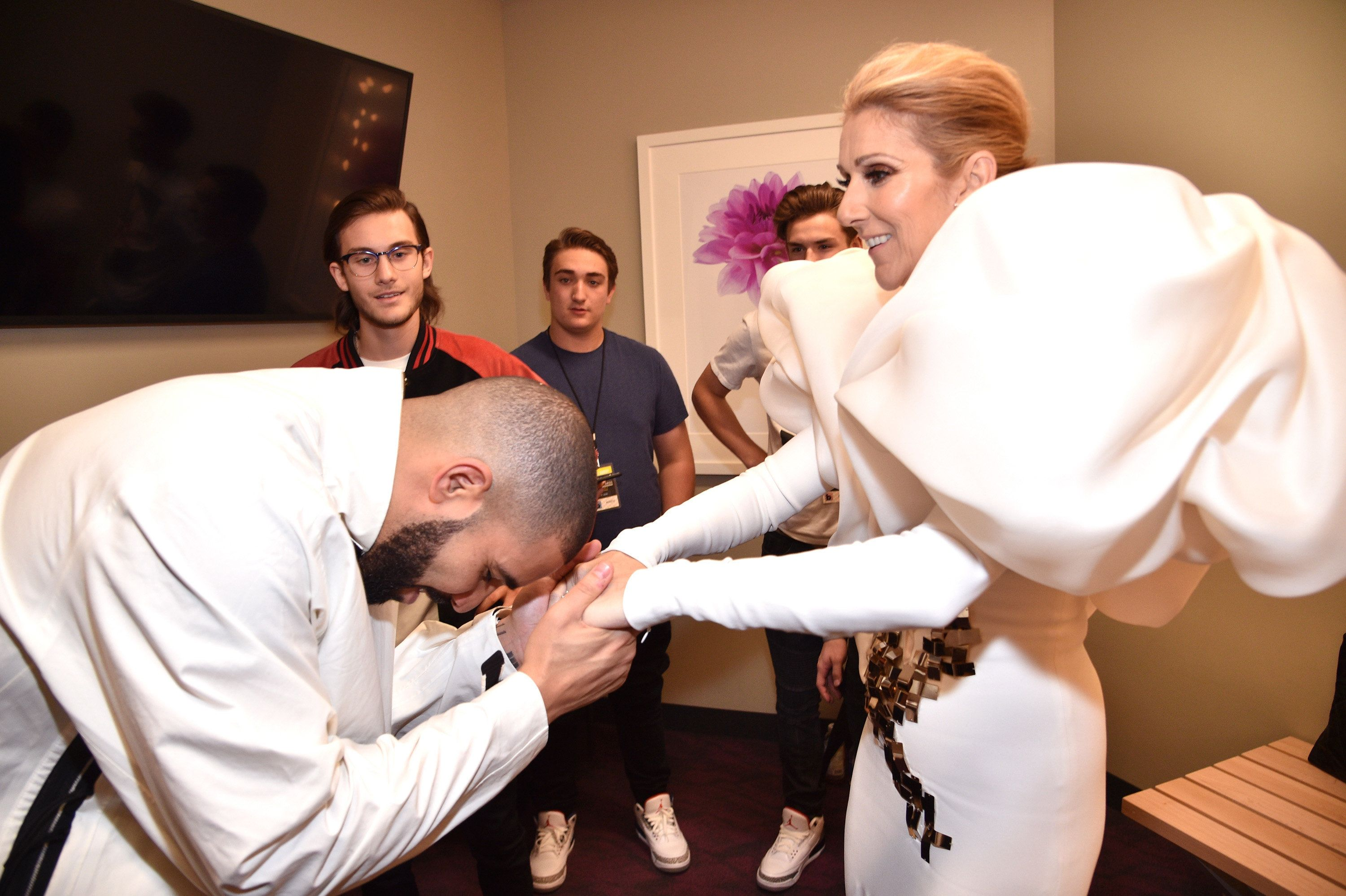 LAS VEGAS, NV - MAY 21:  Recording artists Drake (L) and Celine Dion attend the 2017 Billboard Music Awards at T-Mobile Arena on May 21, 2017 in Las Vegas, Nevada.  (Photo by Kevin Mazur/BBMA2017/Getty Images for dcp)