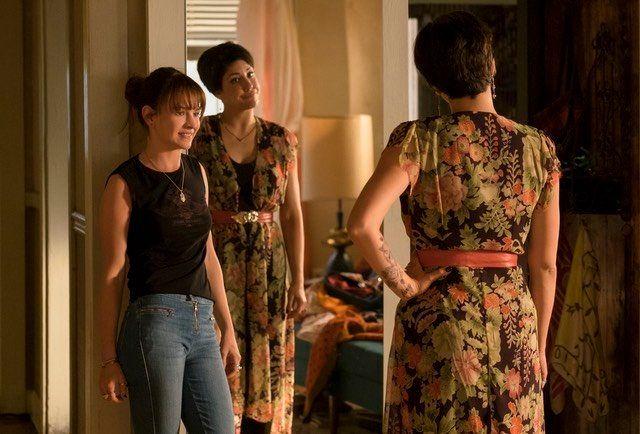 """Britt Robertson and Ellie Reed in """"Girlboss."""""""
