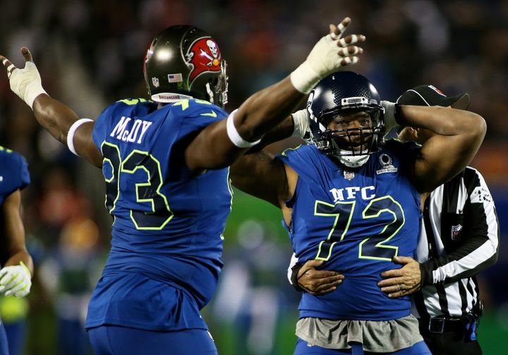 Bennett (right) celebrates during the 2017 Pro Bowl, his second appearance after earning Pro Bowl MVP honors in 2016.