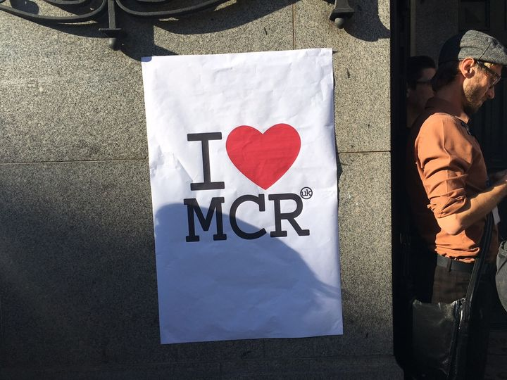 <em>Attack vigil at Manchester Town Hall. Photo credit: Sarah Illingworth (2017)</em>