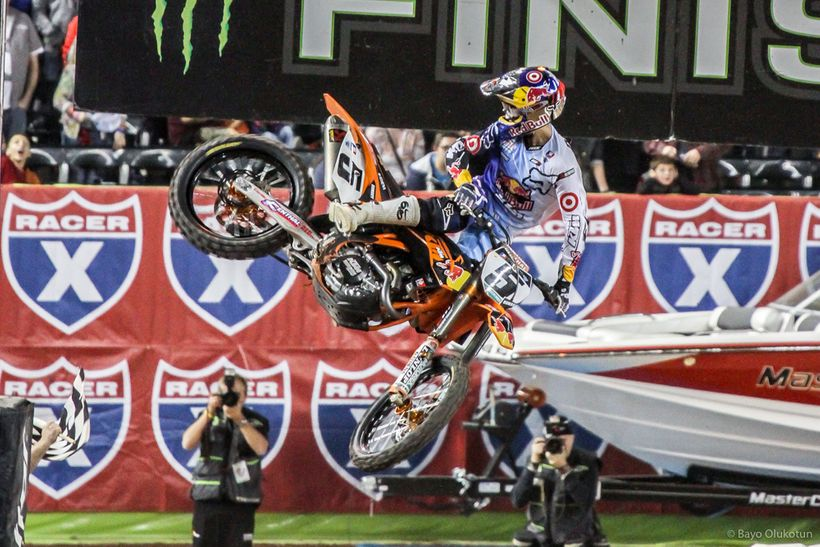 In 2012, Ryan made a hugely controversial move over to the Red Bull KTM team. The decision allowed Dungey to follow his mento
