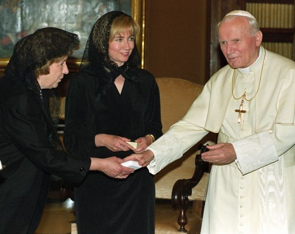 """Like other first ladies before her, longtime Methodist <a href=""""http://www.huffingtonpost.com/topic/hillary-clinton"""">Hillary"""