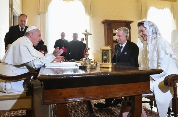 Pope Francis chats withBelgium's Queen Mathilde and King Philippe during a meeting at the Vatican in2015. As wive