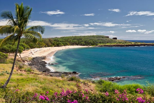 "It's hard to believe travelers flock to Maui when <a href=""http://www.huffingtonpost.com/entry/lanai-best-island-i"