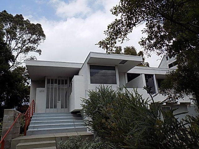 Rudolph Schindler's house for progressive socialite Victoria McAlmon.