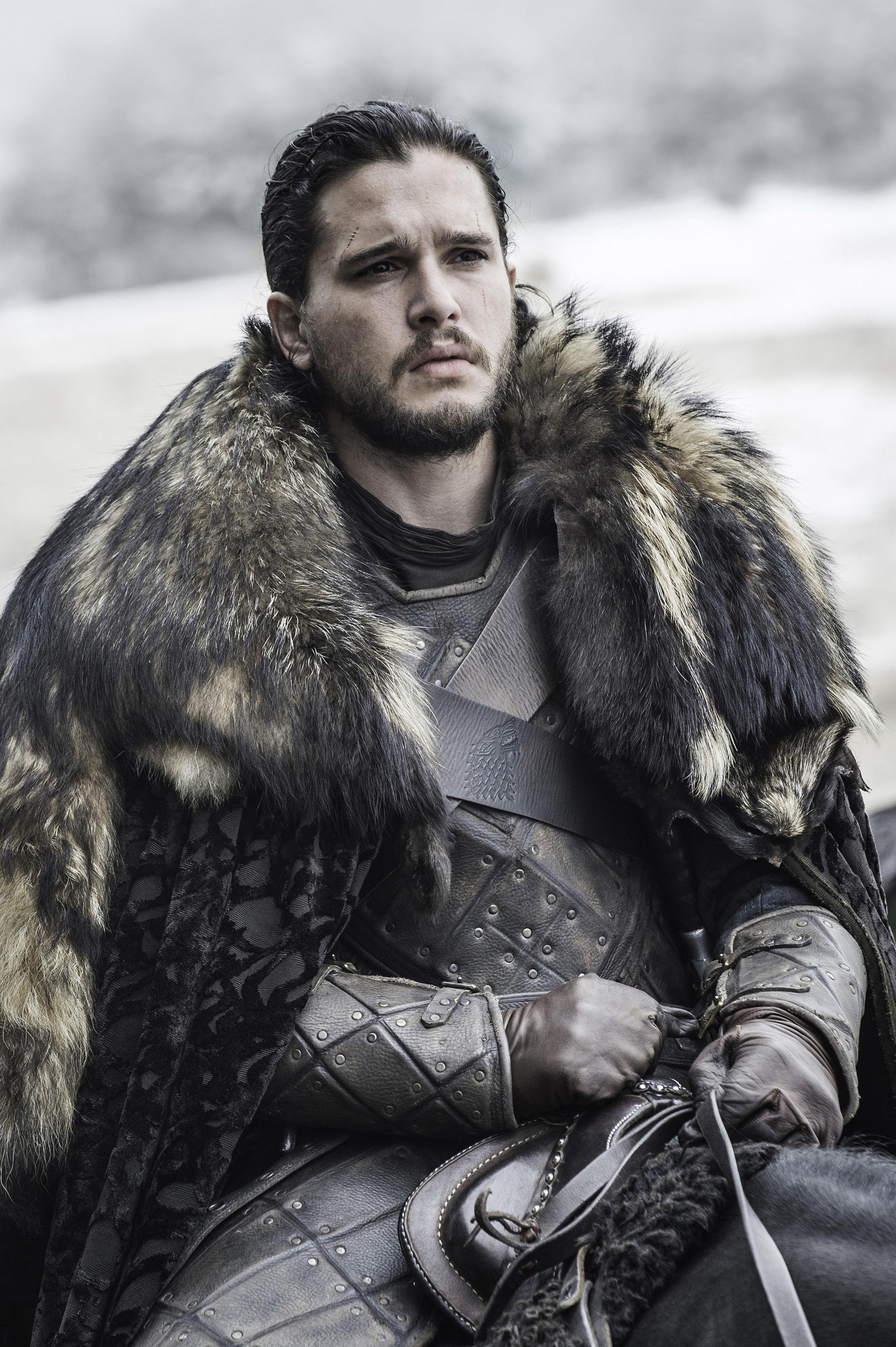Kit Harington, The King In The North, Calls Trump A 'Con