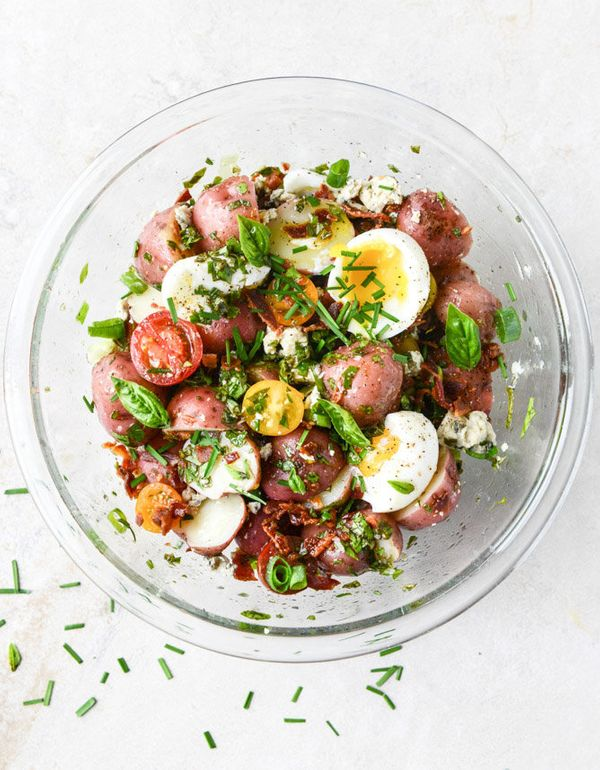 """<strong>Get the <a href=""""http://www.howsweeteats.com/2015/06/bacon-blue-potato-salad-with-soft-boiled-eggs/"""" target=""""_blank"""">"""