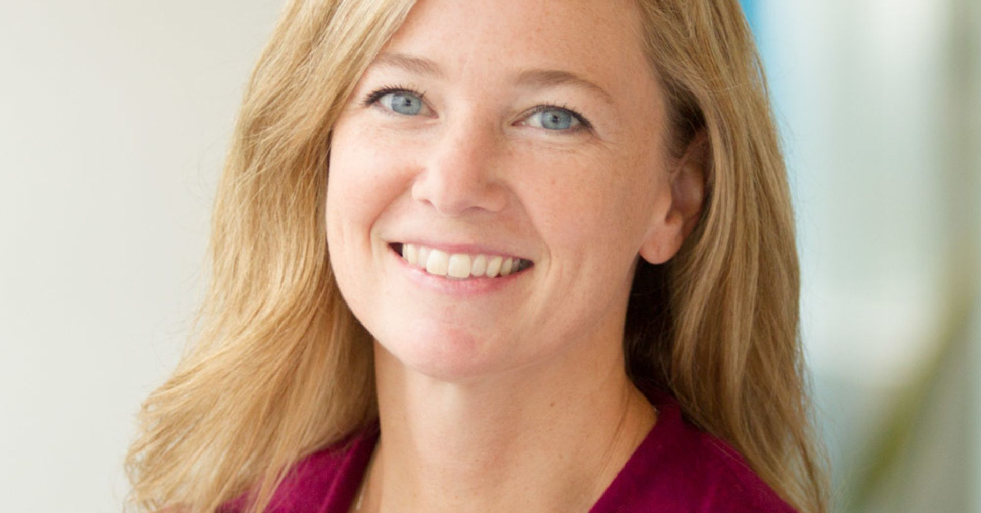Women in business q a erin keeley cmo mono huffpost for Laura dunn minimalist living now
