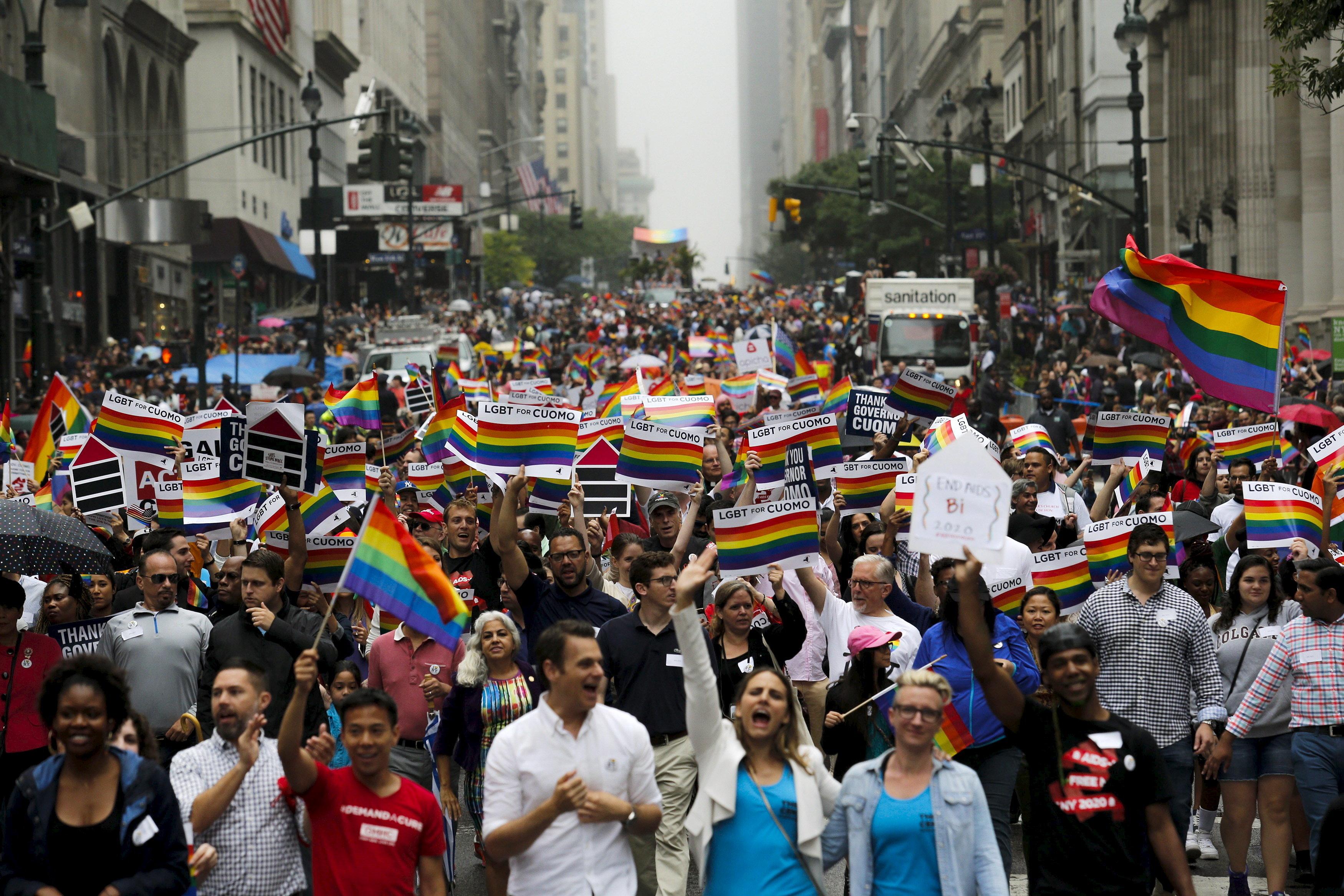 People march down 5 Av during the annual Gay Pride parade in New York June 28, 2015. REUTERS/Eduardo Munoz