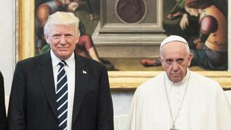VATICAN CITY, VATICAN - MAY 24: President of United States of America Donald Trump and Wife Melania Trump meet Pope Francis, on May 22, 2017 in Vatican City, Vatican. (Photo by (Photo by Vatican Pool - Corbis/Corbis via Getty Images)