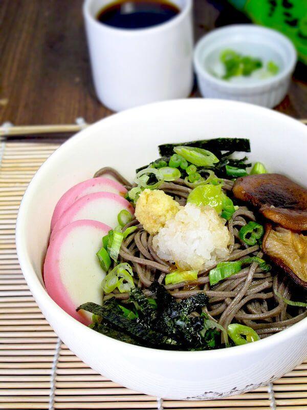 "<a rel=""nofollow"" href=""http://www.pickledplum.com/soba-noodles-chirashi/"" target=""_blank"">Soba Noodles Chirashi</a>"