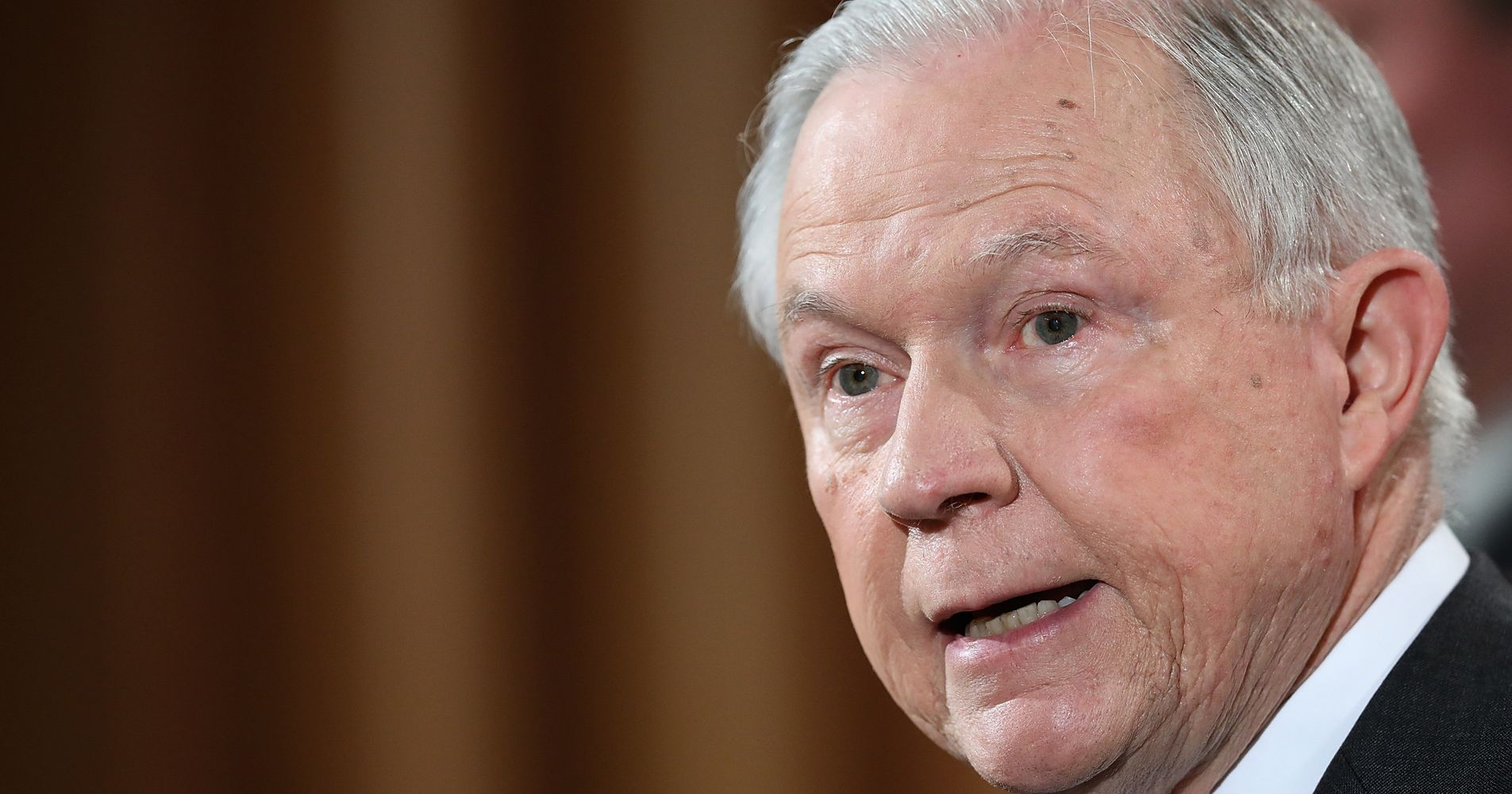 Jeff Sessions Reportedly Failed To List Russian Ambassador Meetings On Security Form
