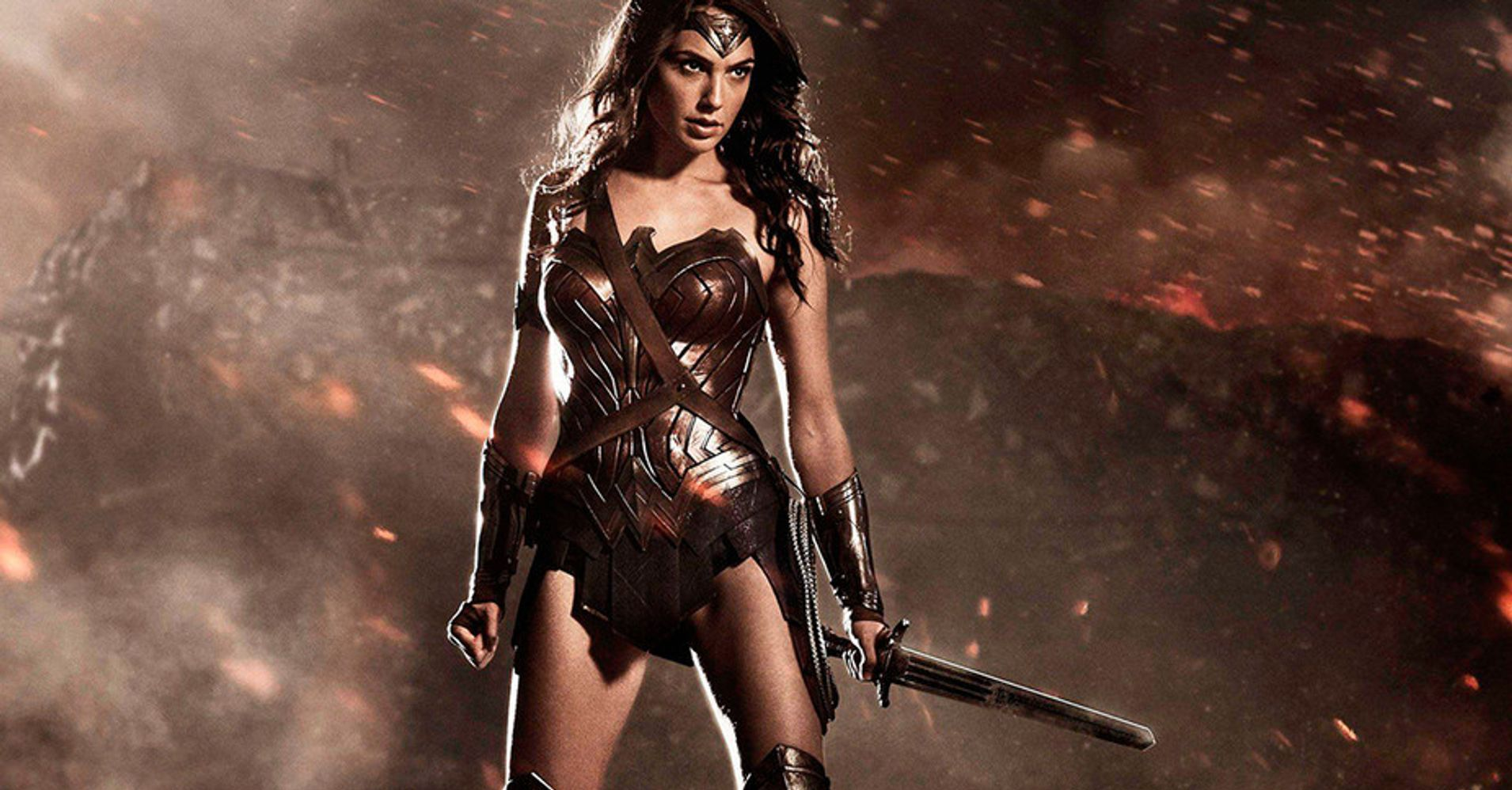 Selling Sex: Wonder Woman And The Ancient Fantasy Of Hot Lady Warriors |  HuffPost