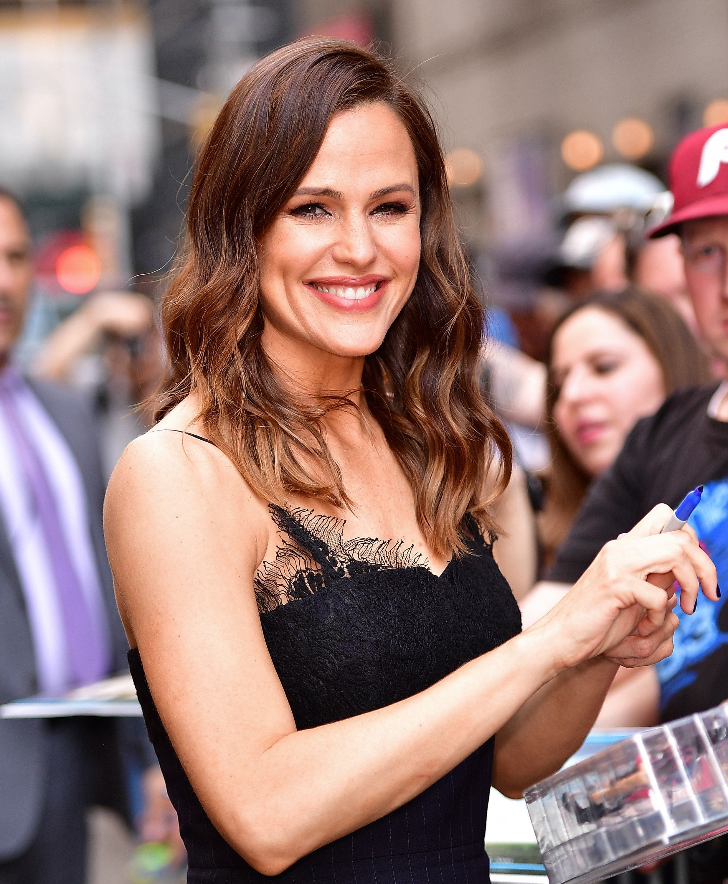 "Jennifer Garner signs autographs outside ""The Late Show with Stephen Colbert."""