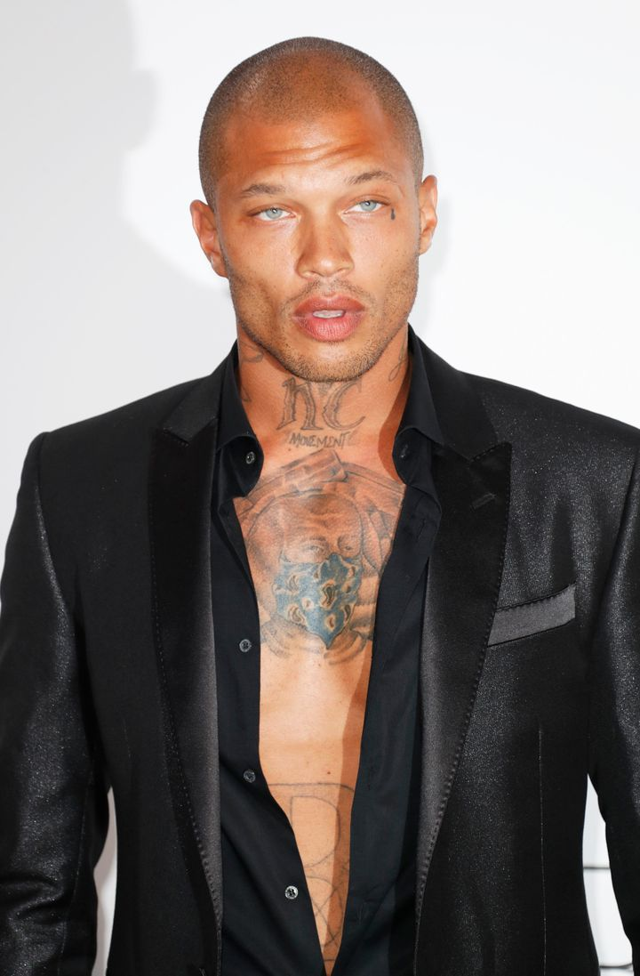Jeremy Meeks arrives at the amfAR Gala Cannes 2017 at Hotel du Cap-Eden-Roc on May 25 in Cap d'Antibes, France.