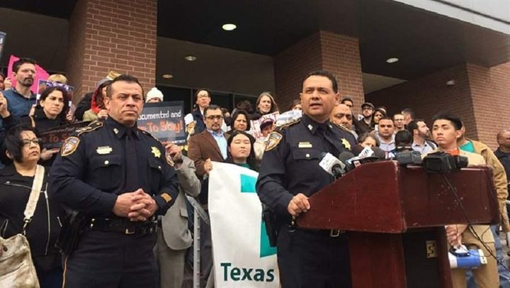Departing From 'Sanctuary Cities,' Some Sheriffs Embrace ...
