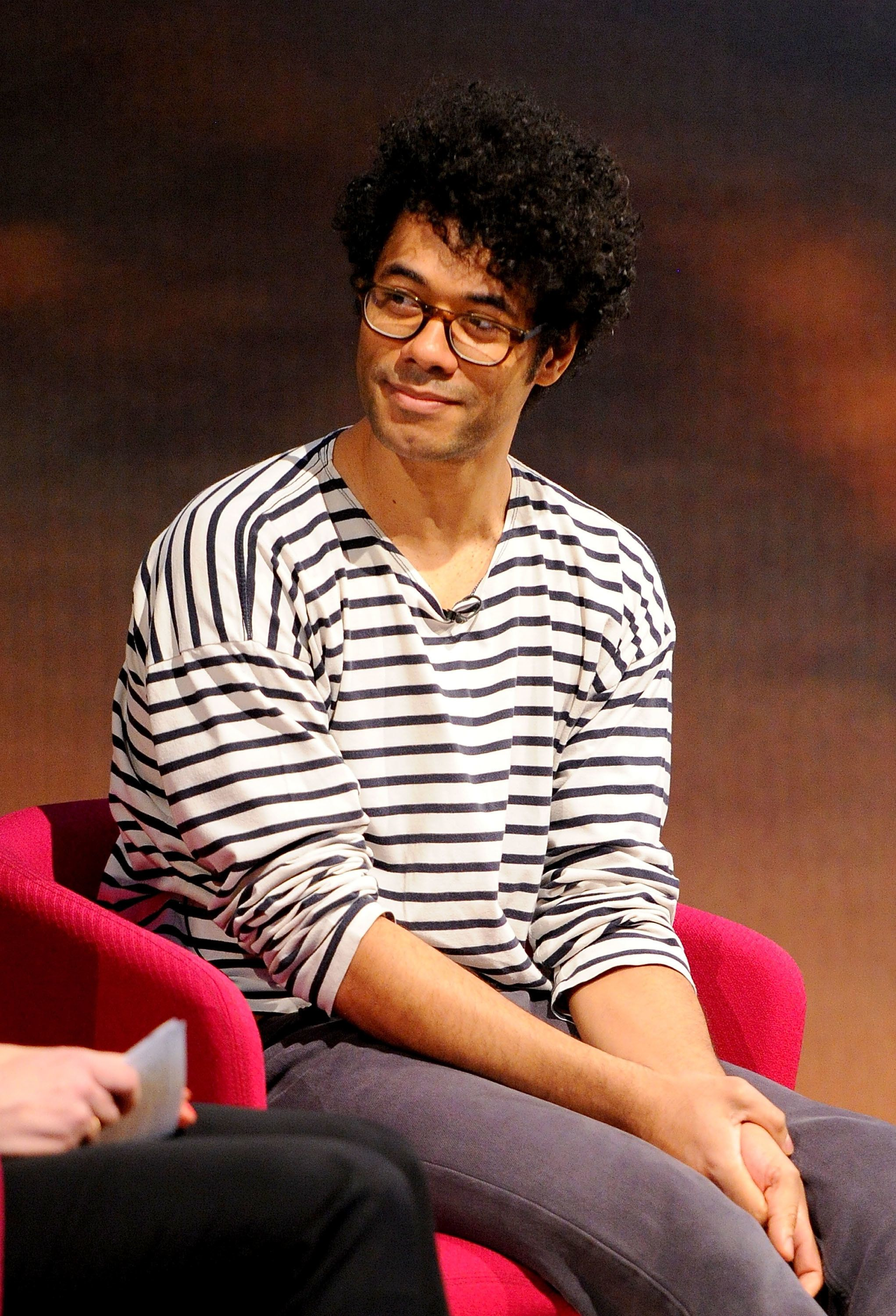 Channel 4 Teases New Snaps Of Richard Ayoade In 'The Crystal Maze'