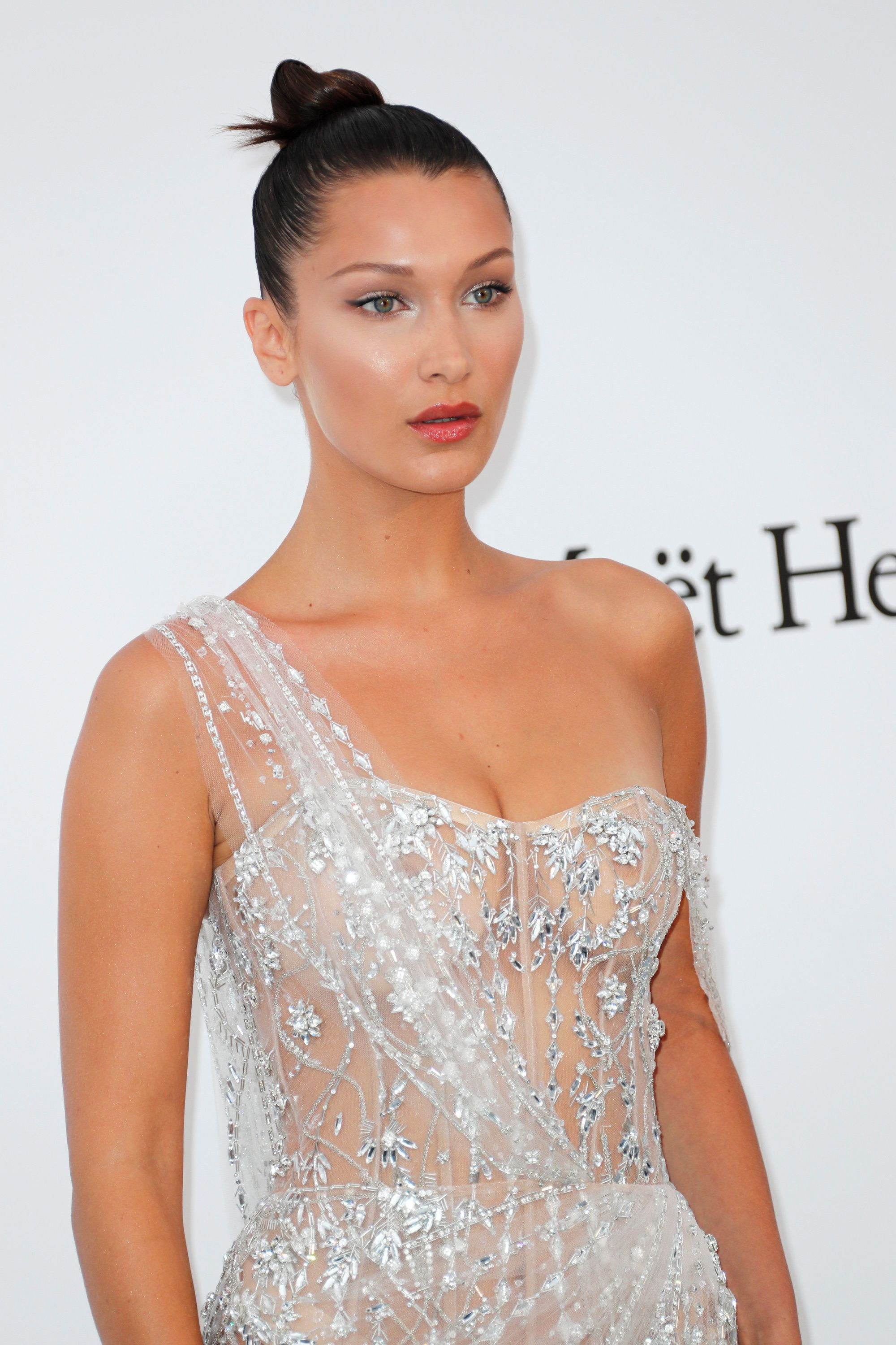 CAP D'ANTIBES, FRANCE - MAY 25:  Bella Hadid arrives at the amfAR Gala Cannes 2017 at Hotel du Cap-Eden-Roc on May 25, 2017 in Cap d'Antibes, France.  (Photo by David M Benett/Dave Benett/Getty Images)