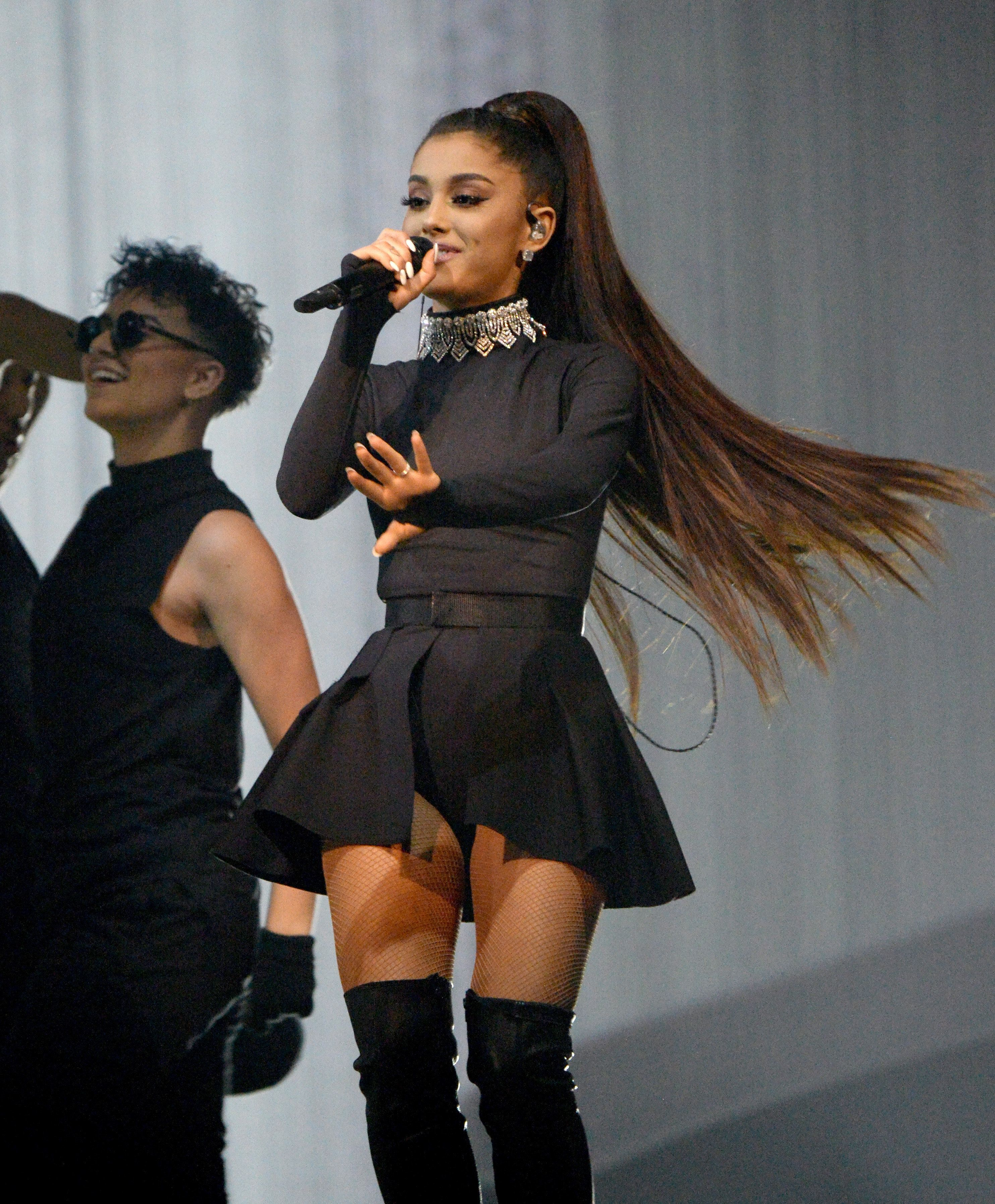Ariana Grande 'To Return To Manchester Stage Within A Fortnight' In Tribute