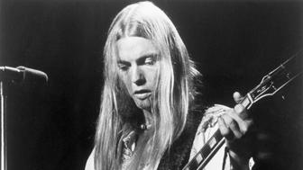 (Original Caption) Rock star Gregg Allman, closeup of his performing. August 14, 1975.