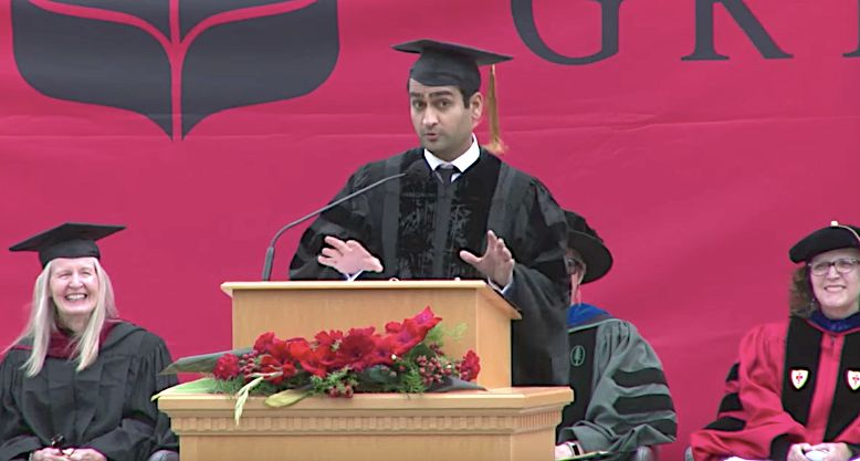 Kumail Nanjiani had a few ideas for Grinnell College'sgraduating class of