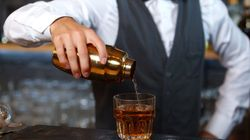Bartenders Reveal The Smoothest Pick Up Lines They've Ever