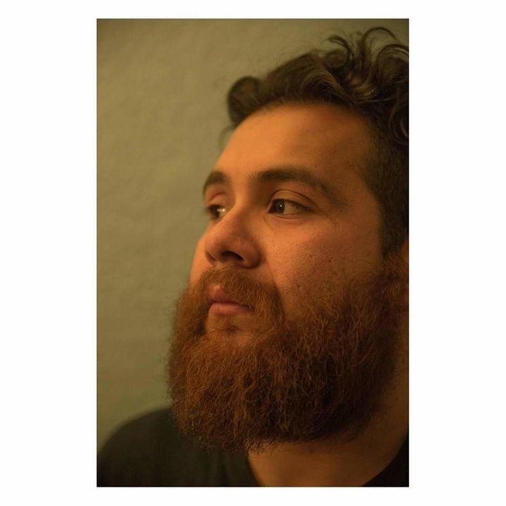 Lester Guijarro is a Latino Muslim photographer.